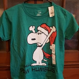 Childs xsmall snoopy shirt